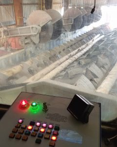 Control panel for logs being cut to length